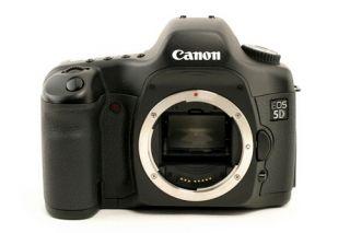 Canon 5D 13.3 MP Digital SLR Camera   Black Body Only