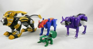 Power Rangers Jungle Fury Transforming Battle Megazord Accessory Set