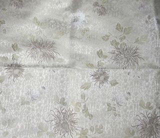 Silk BROCADE Fabric WHITE & GOLD MUMS FLORAL 1/3 yard remnant