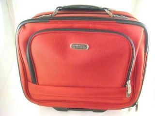 kenneth cole reaction luggage in Womens Handbags & Bags