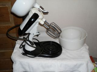 PARTS ONLY: VINTAGE SUNBEAM 10 SPEED BLENDER/MIXER WITH JUICER MODEL