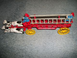 ANTIQUE CAST IRON FIRE TRUCK in Vintage & Antique Toys