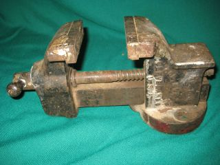 Nice! Vintage Columbian #143 3 1/8 Inch Jaw Bench Vise Mechanics USA