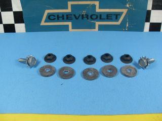 NOS 65 66 67 Chevy Biscayne Impala Bel air Caprice Heater Box Screw