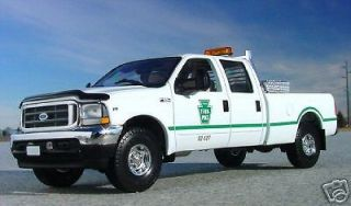 PENNSYLVANIA TURNPIKE AUTH. 2003 Ford F250 CREWCAB TRUCK   First Gear