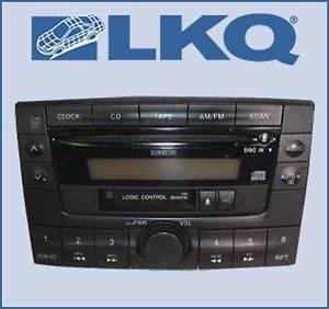 00 2000 01 2001 Mazda MPV Single Disc CD Cassette Player Radio OEM