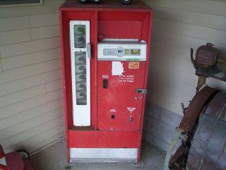 vintage Coca Cola Cavalier bottle soda machine cooler CS 64 O