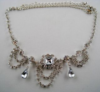 Vintage Style Dangling Silver Plate Crystal Teardrop Rhinestone