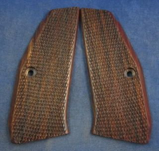 NEW WOOD CHECKERED GRIPS 4 CZ 75 SP 01 SHADOW