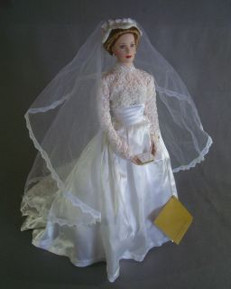 Franklin Mint 16 porcelain bride doll Princess Grace of Monaco in