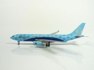 Sky500/Herpa Etihad Airways Airbus A330 200 Manchester City 1/500