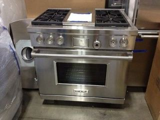 DF364C  Wolf 36 Dual Fuel Range, 4 Burners/grill, Out Of Box, Brand