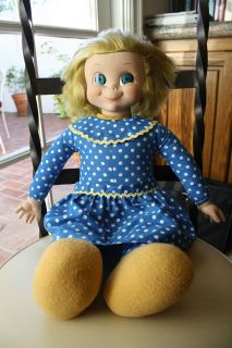 FAMILY AFFAIR MRS. BEASLEY COLLECTIBLE Pull String TALKING DOLL W/ Tag