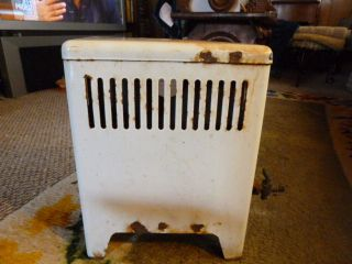 SMALL ANTIQUE VENTLESS SPACE HEATER BATH BEDROOM NATURAL GAS