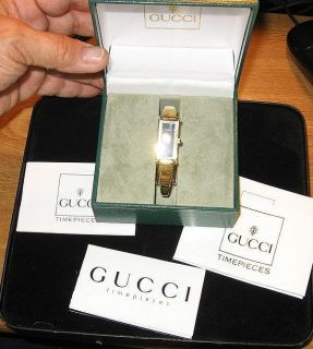 AUTH GUCCI ITALY18KT GOLD PLATED BLK FACE LADIES WRISTWATCH STIRRUP