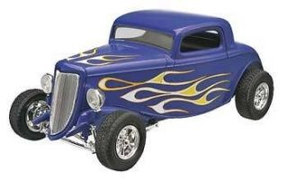Revell 1/25 34 Ford Street Rod Snap Tite 85 1943