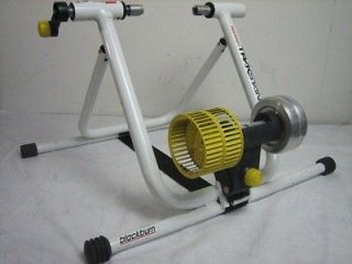 30) Blackburn RX 5 Trackstand Indoor Bicycle Bike Trainer