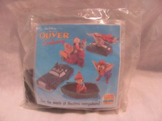 NEW BURGER KING 1996 KIDS CLUB DISNEYS OLIVER & COMPANY ROSCOE
