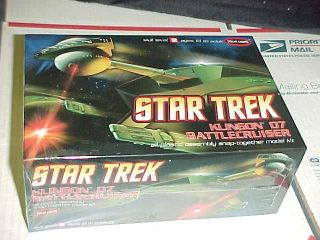 Polar Lights Star Trek Klingon D7 Battlecruiser 11000 plastic model