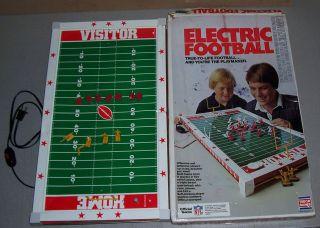 VINTAGE RETRO TUDOR GAMES NFL ELECTRIC FOOTBALL GAME