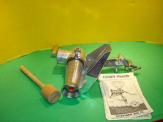 Victorio Strainer friuts & vegetables hand crank grinder #200