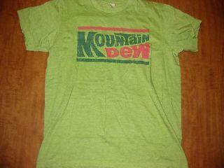 MOUNTAIN DEW med green T shirt Pepsi soda pop citrus retro logo
