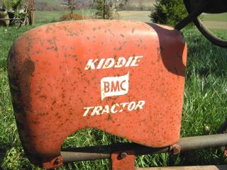 Antique/Vintage Kiddie BMC Pedal Car Tractor Swan Tires un restored