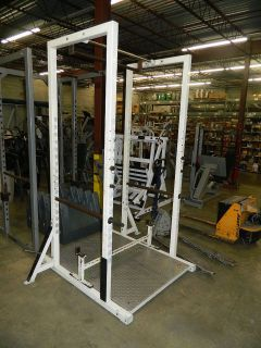 BODY MASTERS POWER CAGE W/ PULL UP BAR
