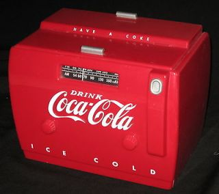 COCA COLA   OL​D TYME COOLER RADIO/ CASSETTE PLAYER    WORK​S