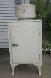 ANTIQUE MONITOR TOP REFRIGERATOR GE CK 2 C16   GENERAL ELECTRIC