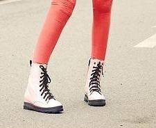 Womens Ladies 9 Eye Fashion Punk Rock Lace Up Military Combat Ankle