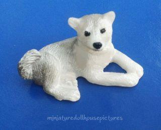 Miniature Dollhouse Siberian Husky New