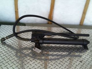 BLACK HAWK PORTO POWER HYDRAULIC HAND PUMP P76