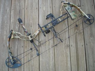NEW BOWTECH DIAMOND BLACKOUT COMPOUND BOW PACKAGE RAK LH 70# 29 333