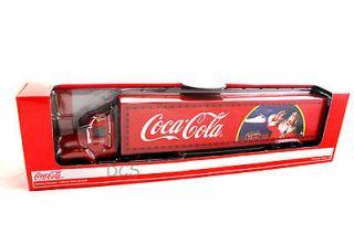 COCA COLA CHRISTMAS HOLIDAY CARAVAN BIG RIG DELIVERY TRUCK 1/43