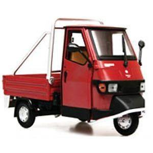 Piaggio Ape 50 Cross Country Red Color 1/18 Scale. Hard to find