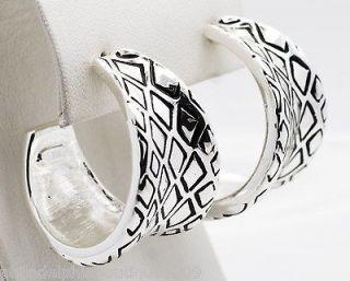 Wildlife by Heidi Klum Animal Instinct Hoop Earrings Silvertone NEW
