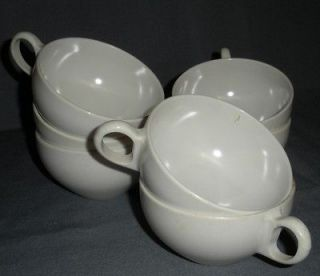 WHITE PLASTIC DINNERWARE CUPS PICNIC PATIO WARE MARKED OD VINTAGE