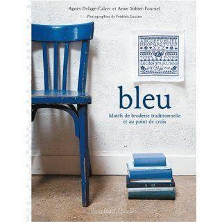 Bleu : Motifs de broderie traditionnelle et au point de croix: