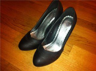 Högklackade svarta skor / pumps från Nelly NYA på Tradera. 38/38,5