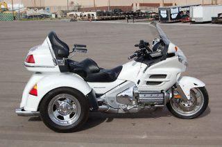 Honda  Gold Wing 2005 Honda Goldwing 1800 GL1800 Trike White P11989