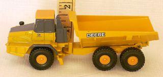 John Deere Yellow Dump Truck Construction Equipment Toy Good, Used 1