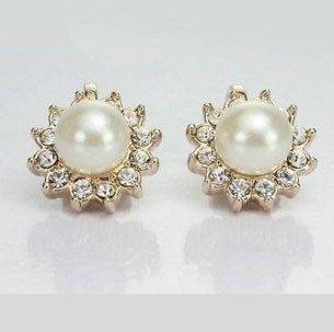 18K Rose Gold GP Swarovski Crystal White Pearl Sunflower Earrings BN96