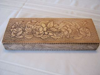 Antique Wooden Victorian Pyrography Glove Box ~ROSES~Floral~​Vintage