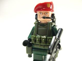 Lego custom RED BERET Marine Navy Seal Army Delta trooper green RED