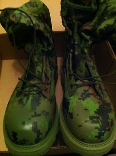 Genuine Canadian Military Cadpat Combat Boots (many sizes)