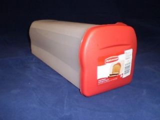 RUBBERMAID 1777190 BREAD LOAF KEEPER FOOD STORAGE CONTAINER NEW RED
