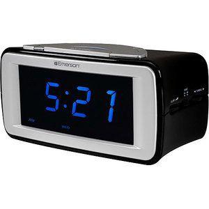 Emerson Smartset Dual Alarm Am FM Clock Radio with Surealarm