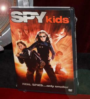 SPY KIDS Signed Autograph, UACC, Movie PROP & Costume, DVD, COA, Fast