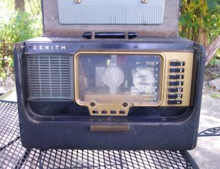 VINTAGE ZENITH TRANS OCEANIC SHORT WAVE RADIO (PARTS OR REPAIR) MODEL